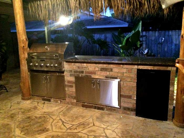 wood outdoor kitchen framing diamondoutdoorkitchens outdoor kitchens houston texas 2818655920