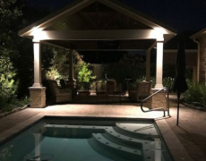 Karen-McCorkle-outdoor-patio