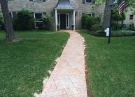 walkway-to-the-houst