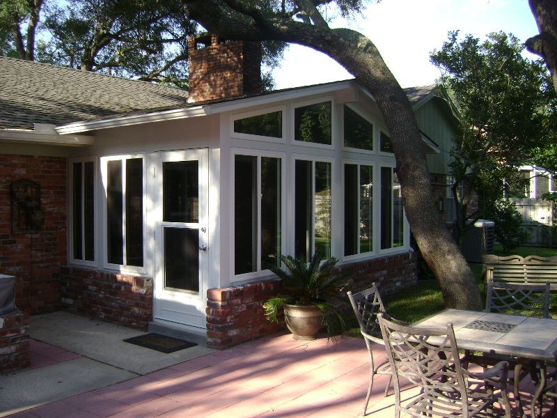 Sunrooms houston sun rooms texas 281 865 5920 for Home sunrooms