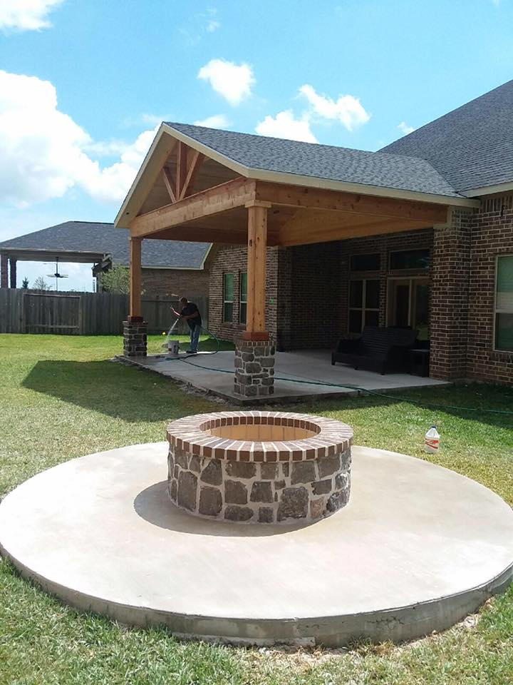 Houston Patios, Screen Rooms, Outdoor Kitchens, Fireplaces In Texas