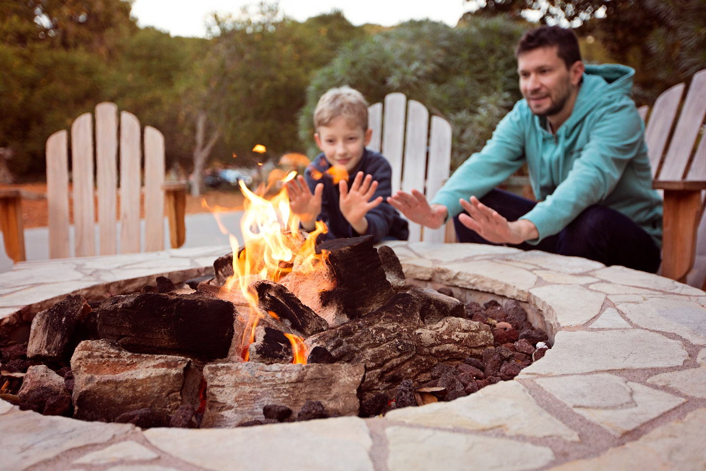 Which-Firepit-is-Right-for-Your-Home-and-Décor
