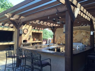 (Texas) The Perfect Outdoor Kitchen