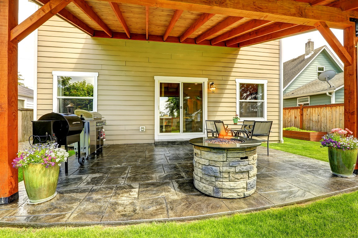 Why-Your-Patio-Needs-a-Fire-Pit.
