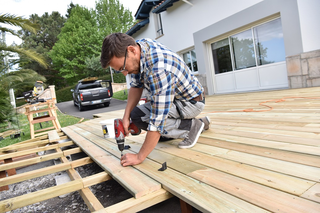 What-You-Need-to-Know-Before-You-Build-a-Deck