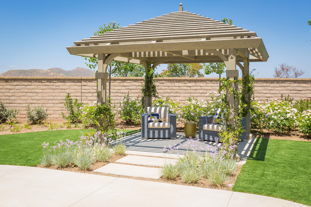 How-To-Maintain-And-Clean-Your-Pergola